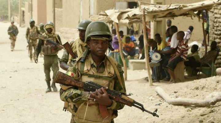 Four dead in Mali attacks, Red Cross suspends Timbuktu ops